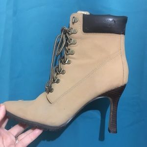 Bronx Lace up boots